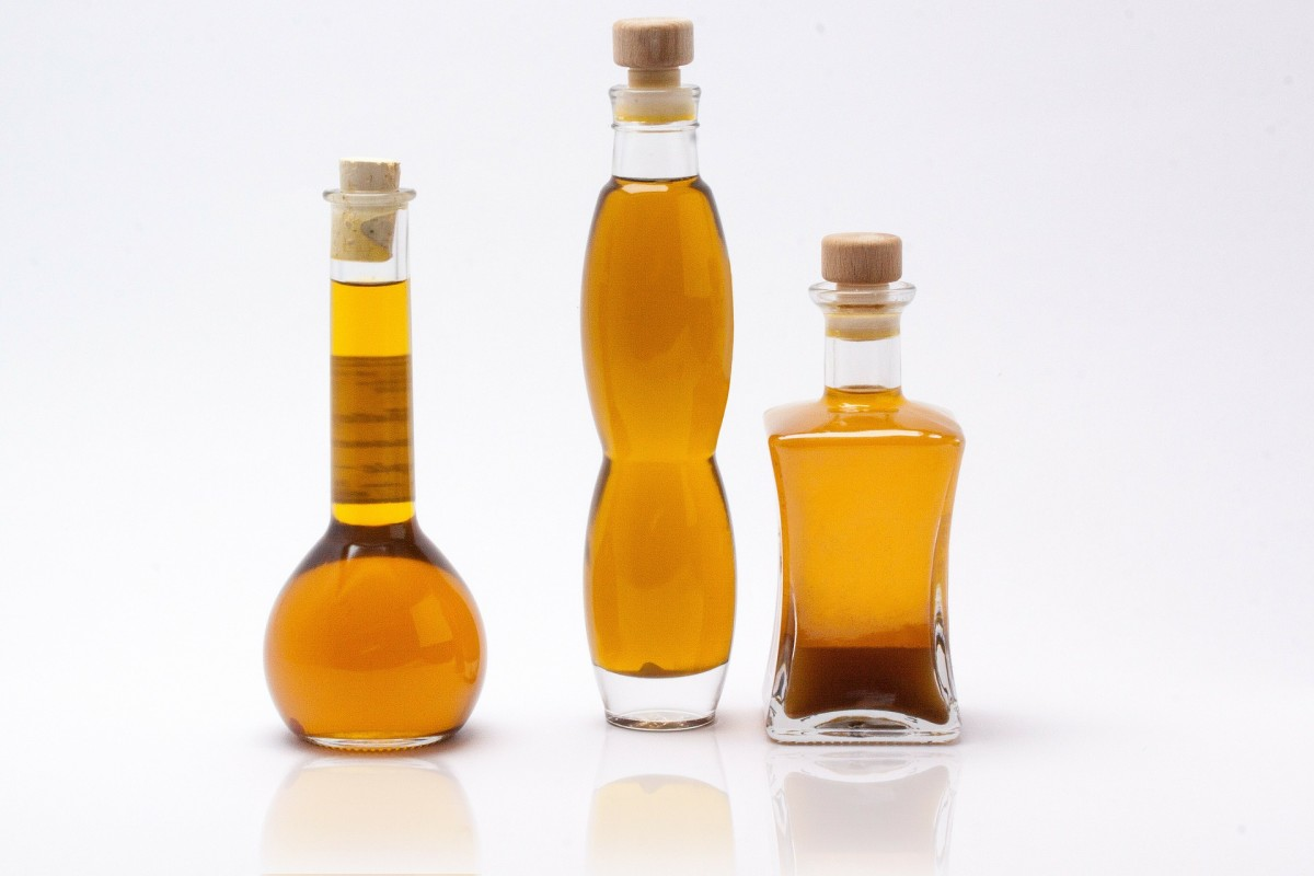 Use oil to cleanse your face and remove makeup.