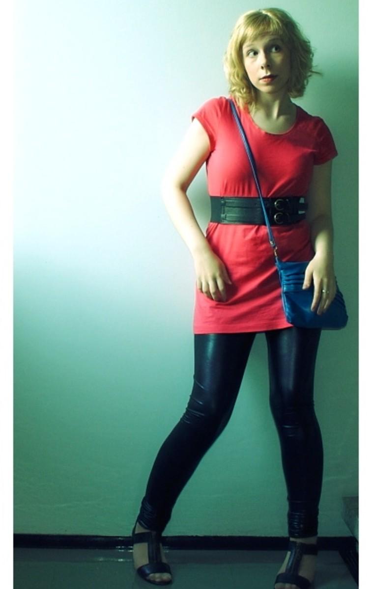 Short dress with leggings