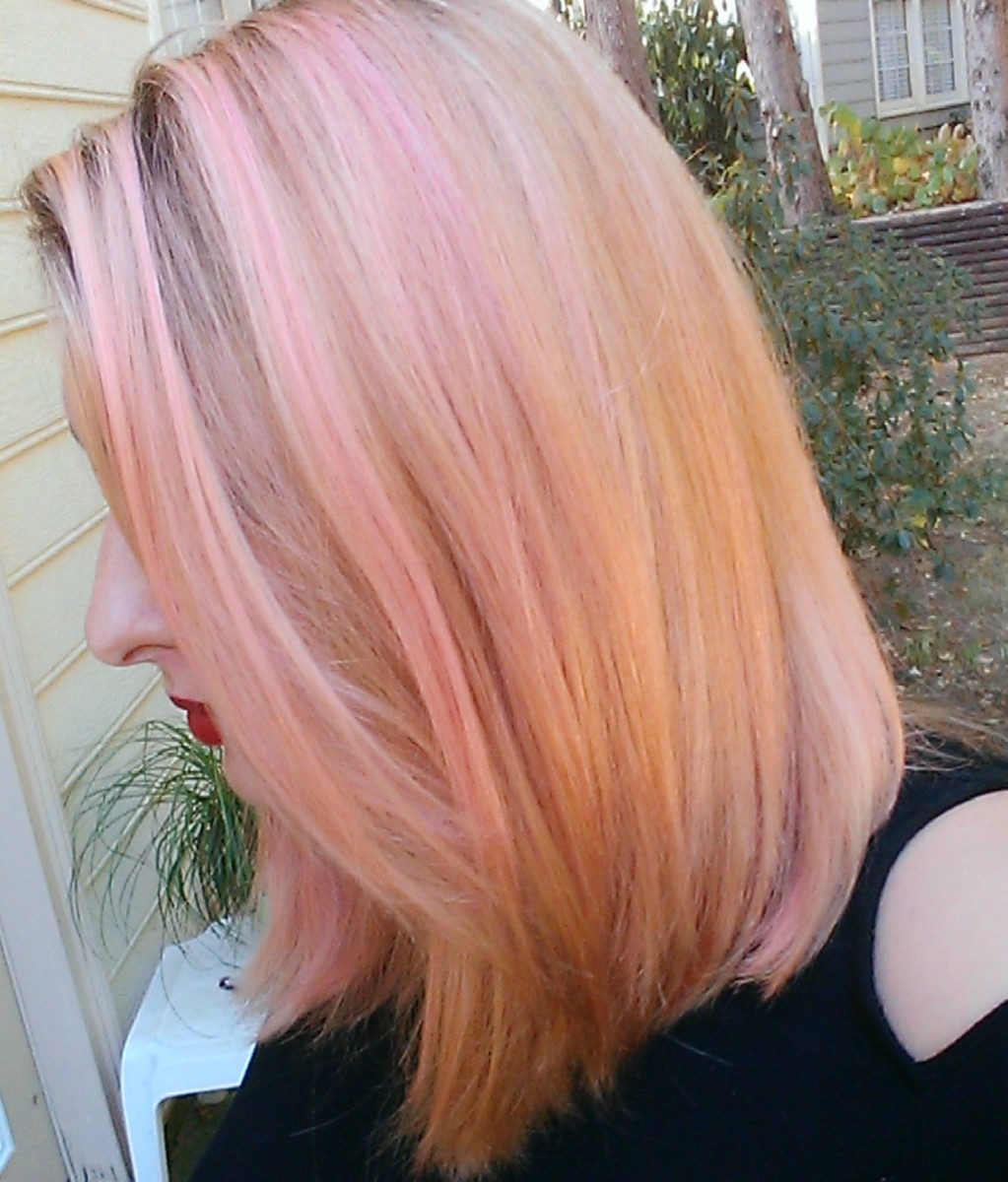A side view in natural light of my rose gold tint!