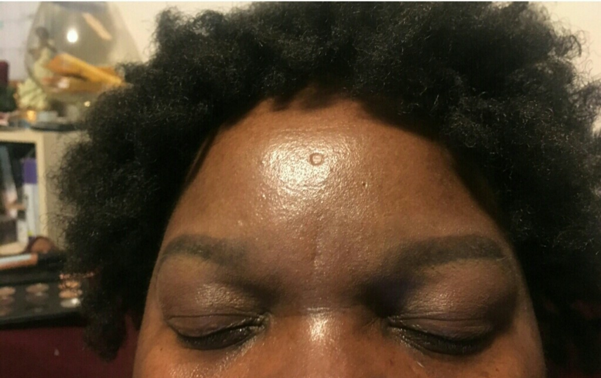 The front look of both completed eyebrows.