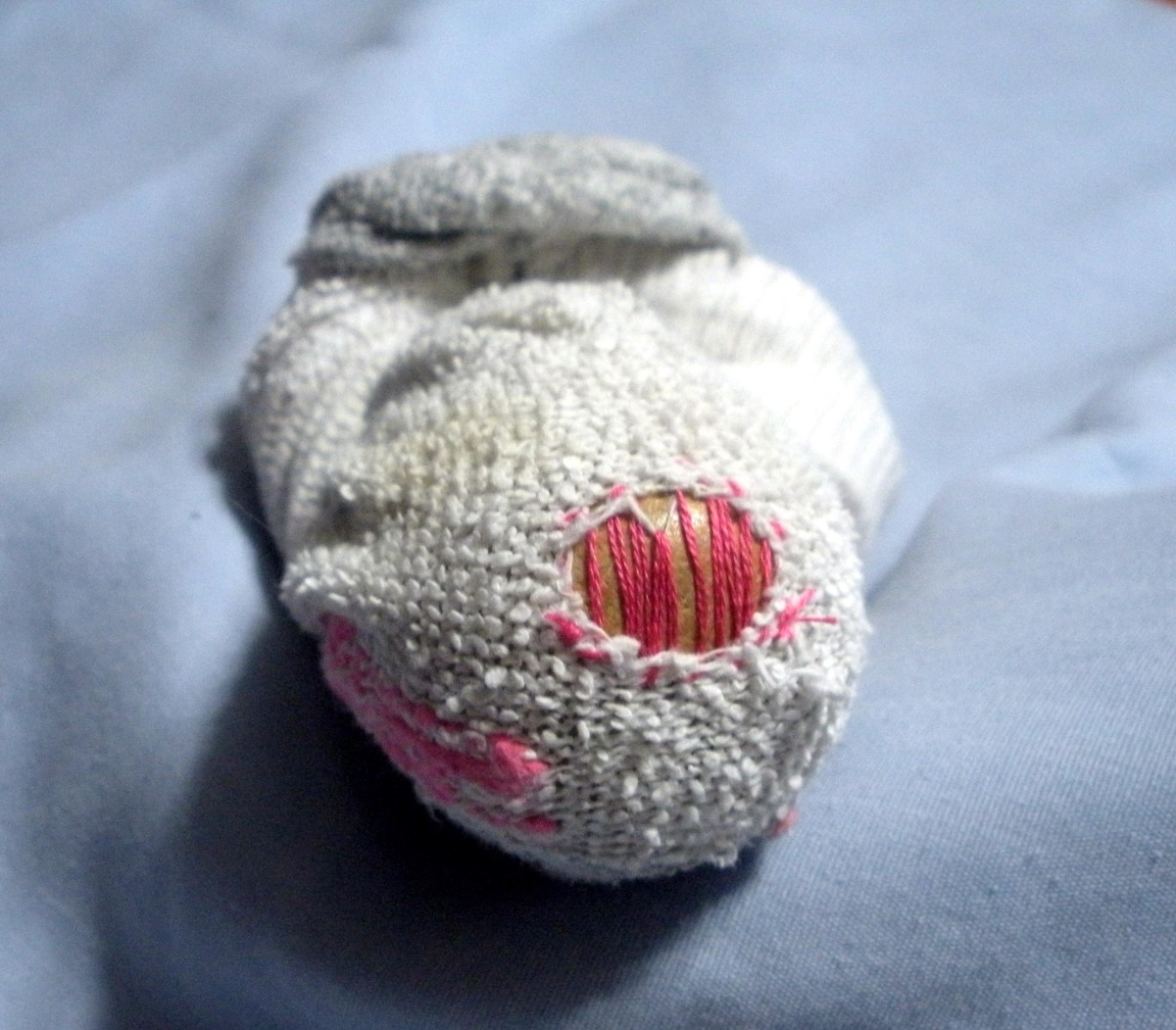 darn-socks-learn-to-mend-socks-and-save-money