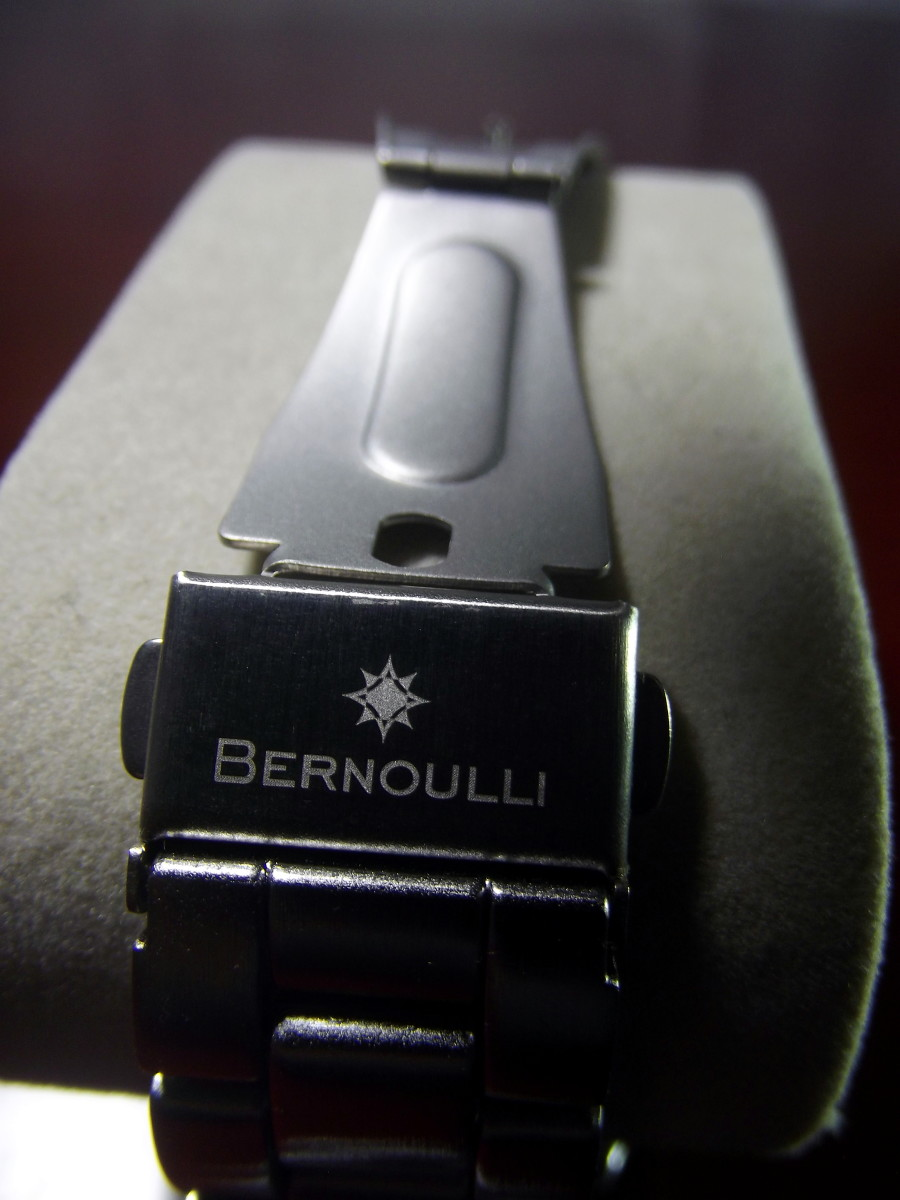 Deployment clasp of  Bernoulli Wayland Men's Watch