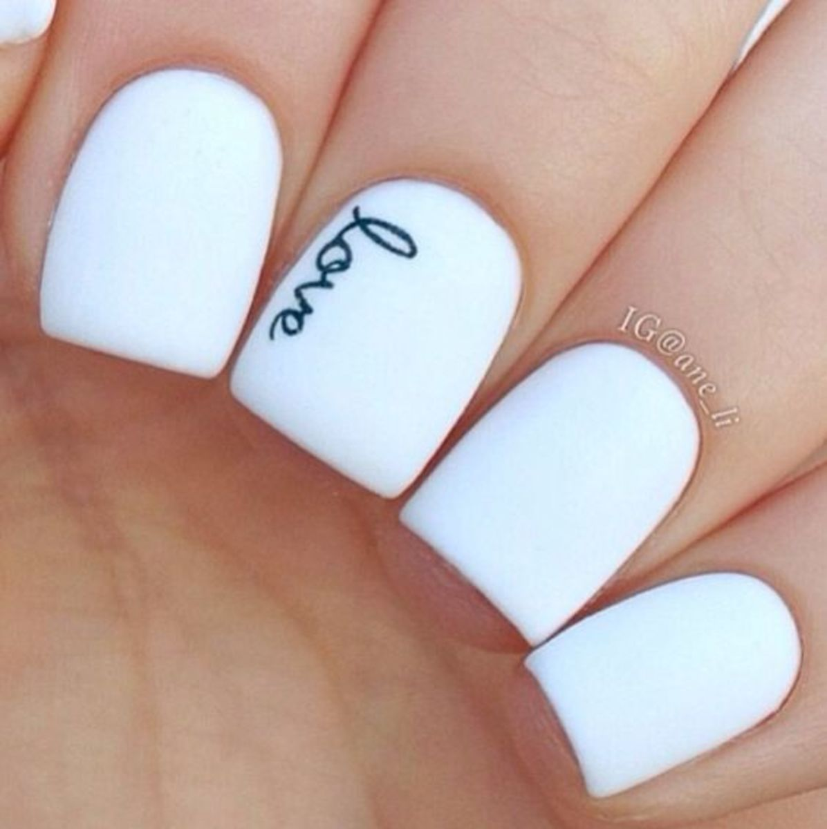 diy-valentines-nail-art