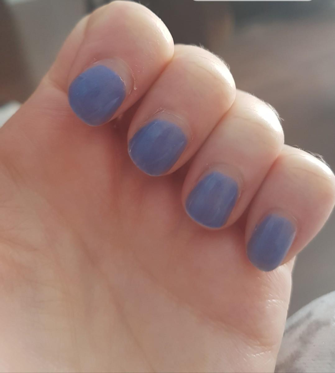 Beginner's Guide for DIY Gel Nails