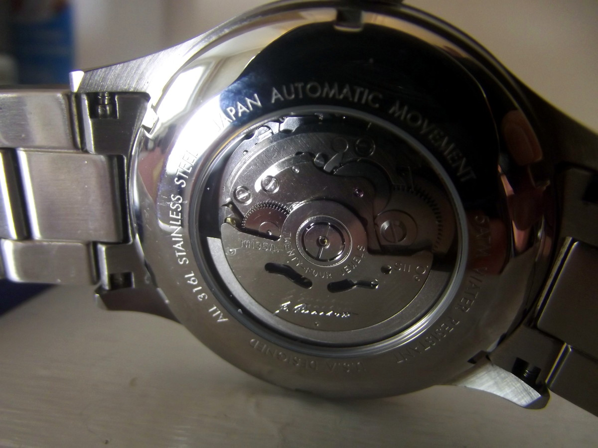 Seiko NH35A movement fitted to J. Brackett Navigli Automatic