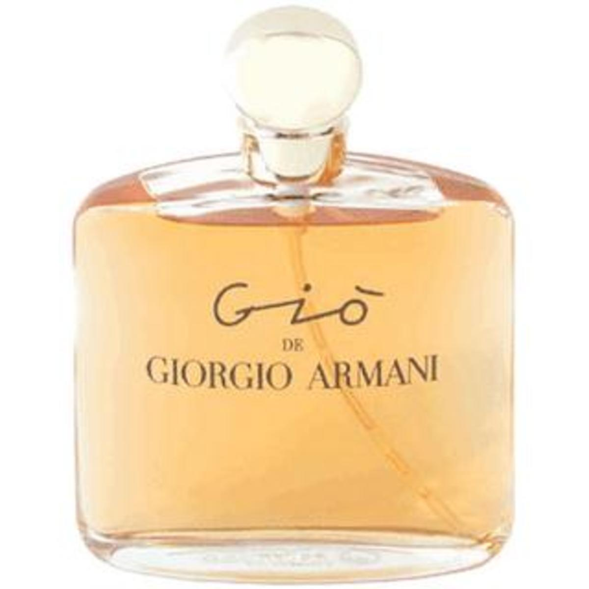 The Giò bottle.