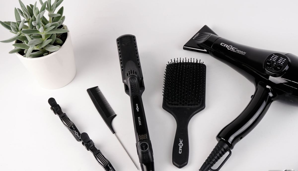 A tail or rattail comb (second from left) makes it easy to select pieces of hair to dye.