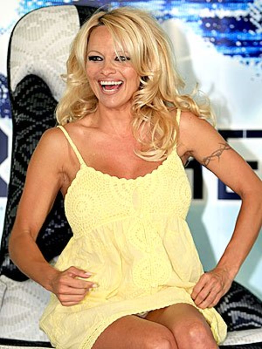 TOO SHORT:  Avoid the Pamela Anderson: do not show your underwear!
