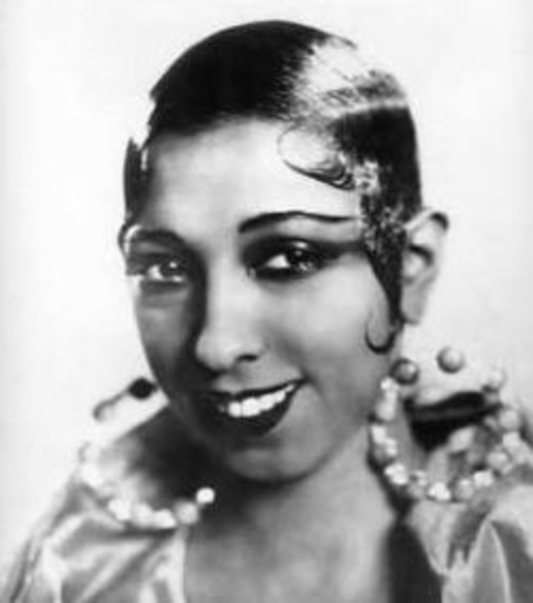 Sleek hairstyle worn by Josephine Baker