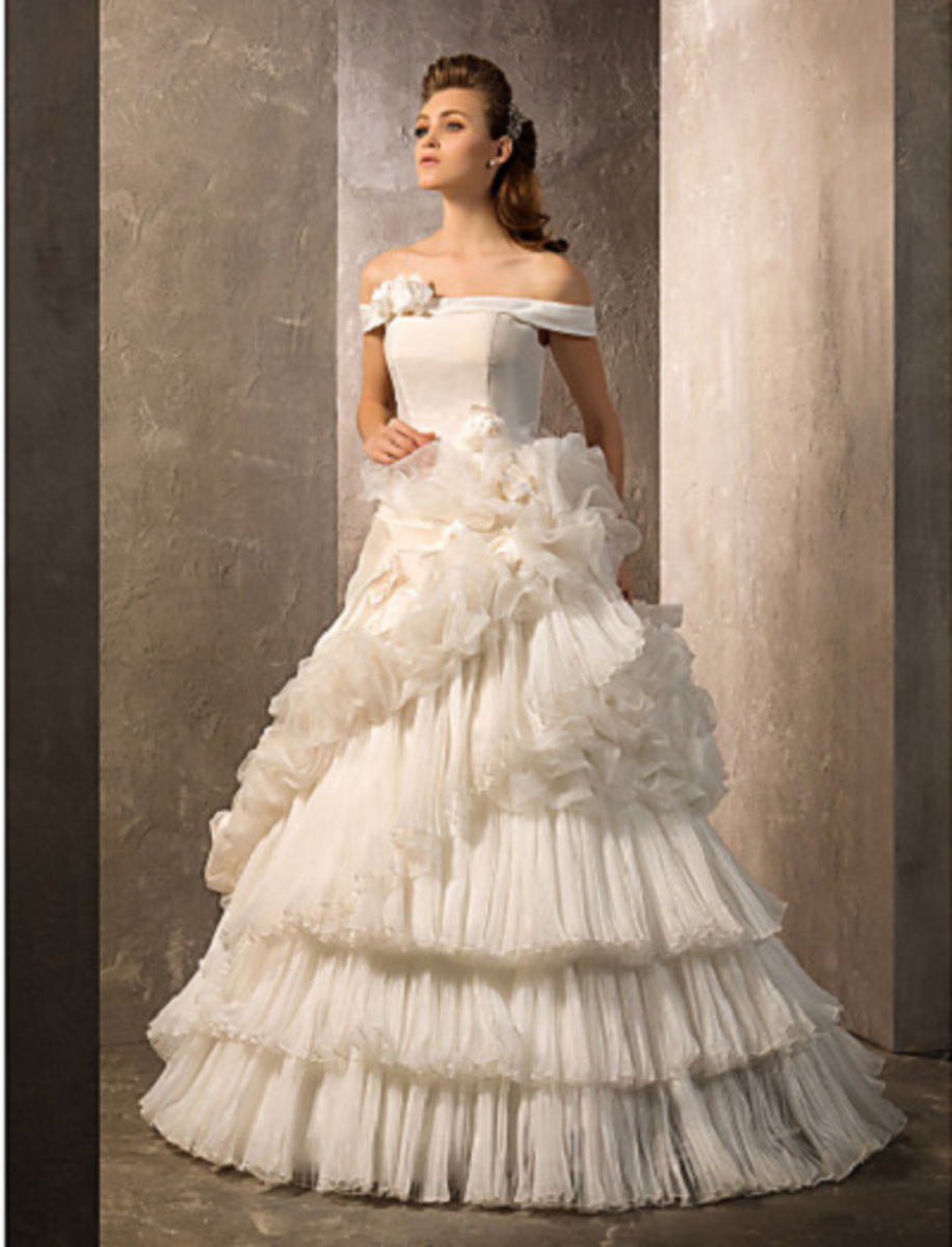 A-line/Princess Off-the-shoulder Floor-length Organza & Taffeta Wedding Gown