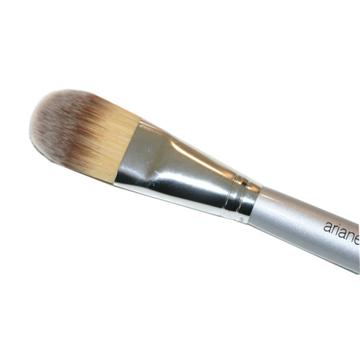 A foundation Brush