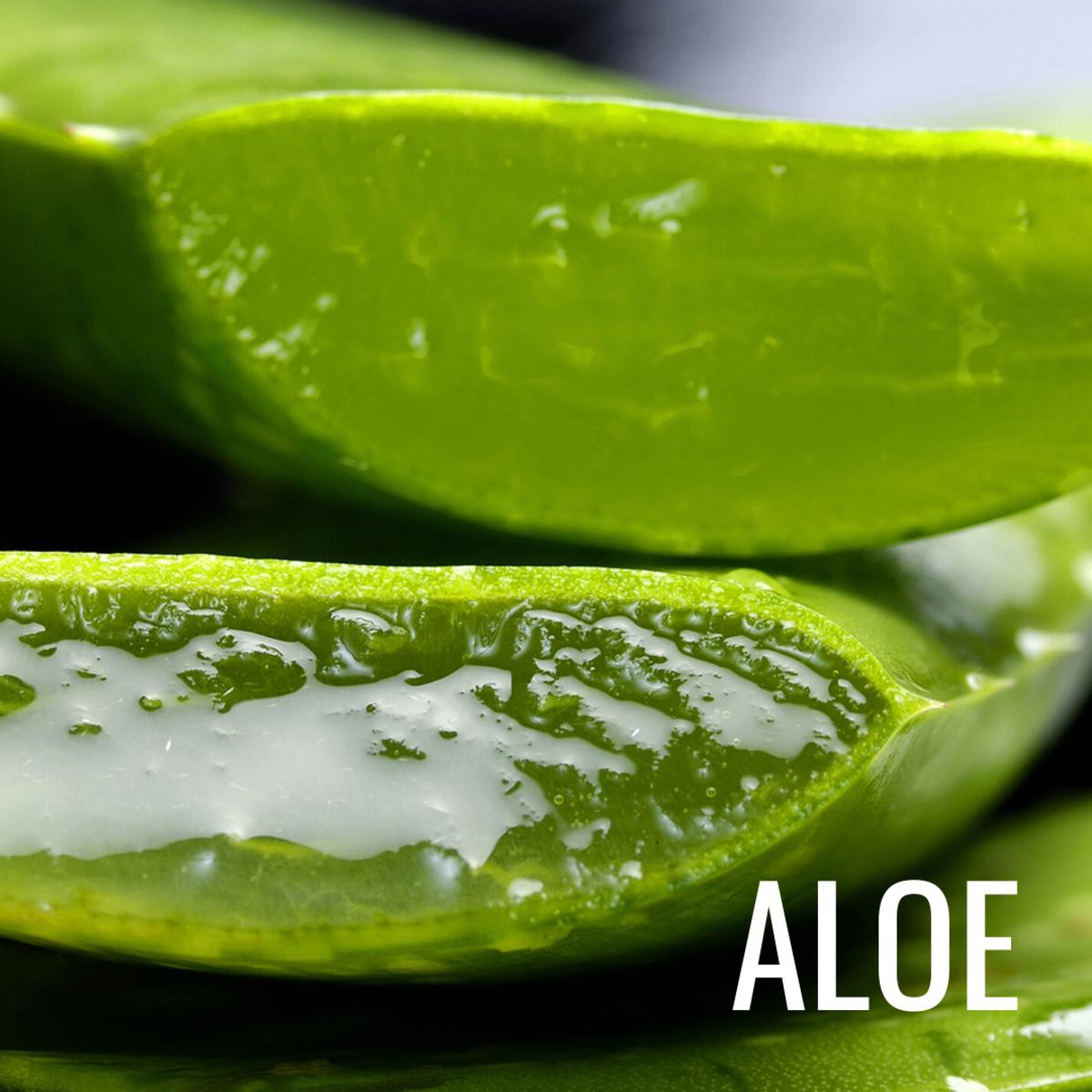 Aloe vera contains aloin, a compound that naturally depigments skin.