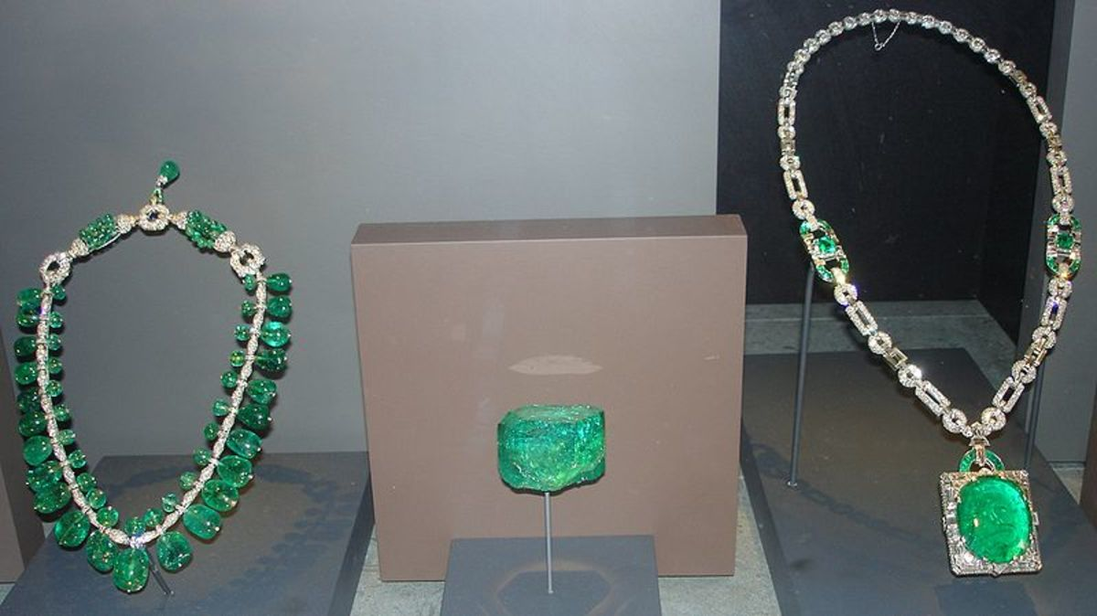 Emeralds on display in the Smithsonian Institution