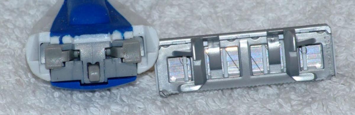 Plastic Ping! Wilkinson Quattro attachment