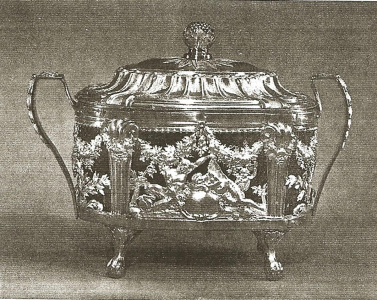 1786 platinum sugar bowl by Marc Janety.