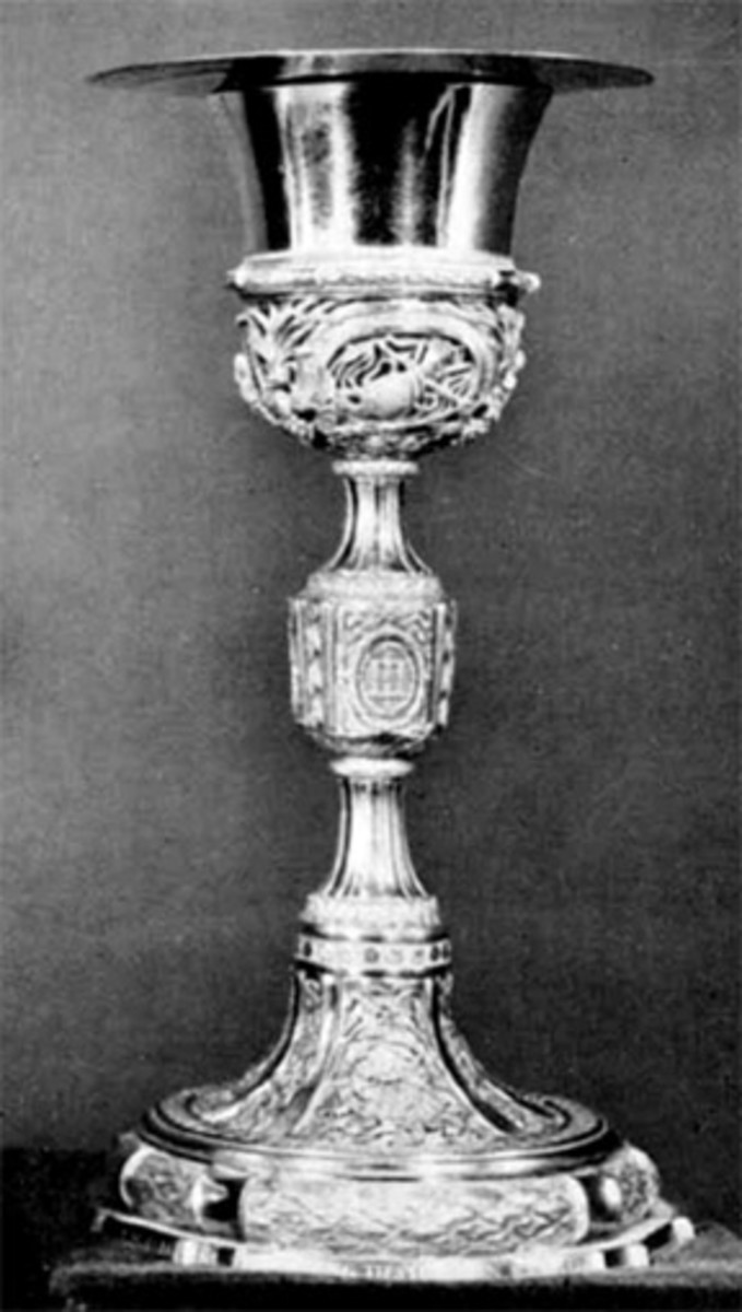 Platinum Papal chalice created in 1788.