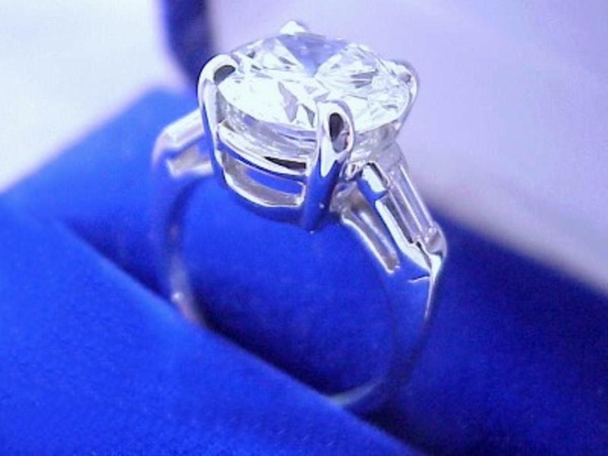 Huge diamond? Yes, please!