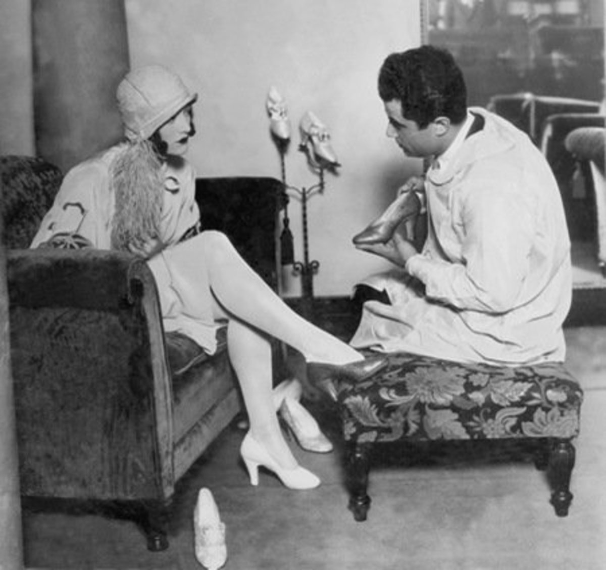 Salvatore with famous customer Joan Crawford, 1928.
