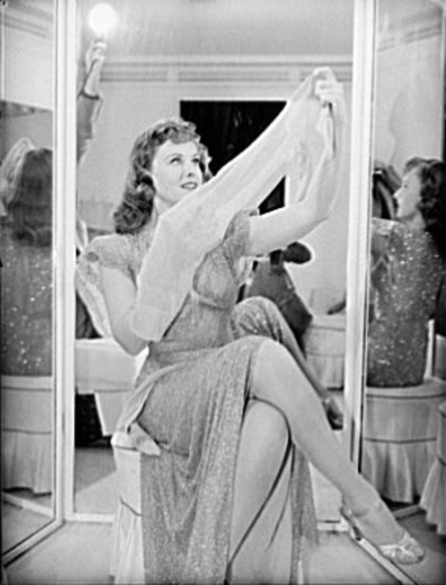 Fabric restrictions put a new emphasis on legs. (Pictured is the actress Paulette Goddard.)