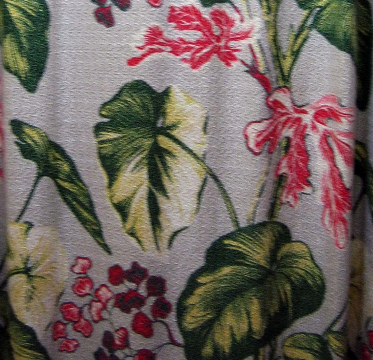 Tropical prints popped up in clothing as well as in home decor fabrics like this tropical print barkcloth