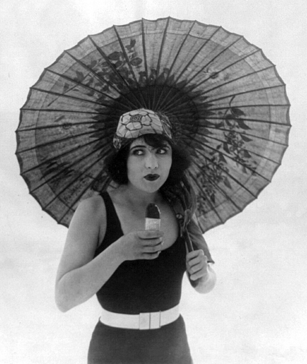 Actress Betty Compson with her traditional Japanese-style parasol.