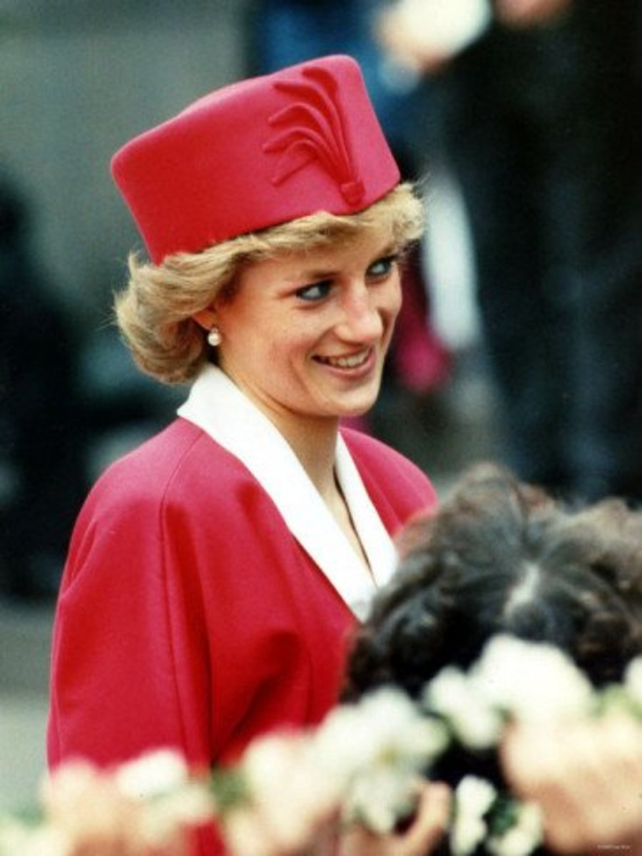 Princess Diana in a pillbox in 1989.