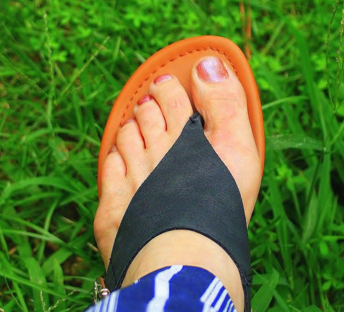 Athlete's foot is another cause of body odor.