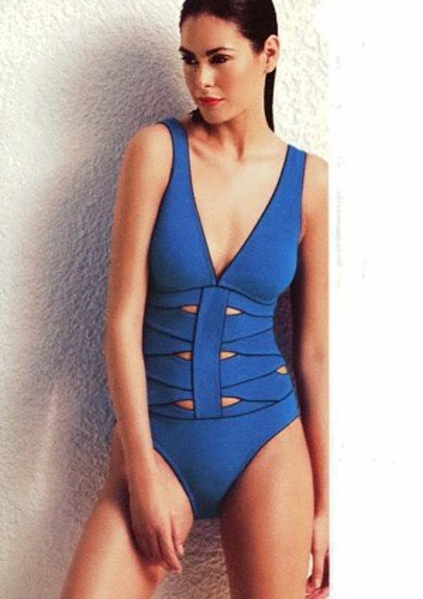 One Piece Swimsuit: How To Look Good In A One Piece