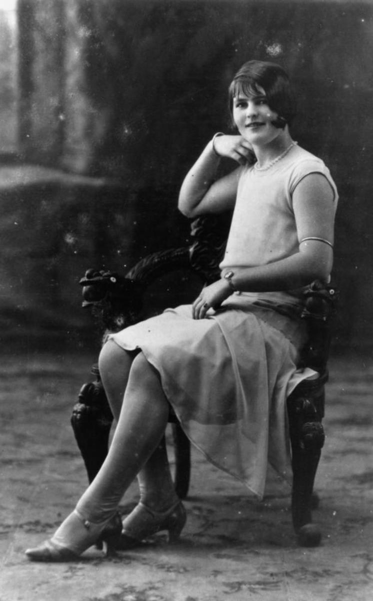 Flapper - notice her Mary Jane style shoes, chunky heels with a slight curve