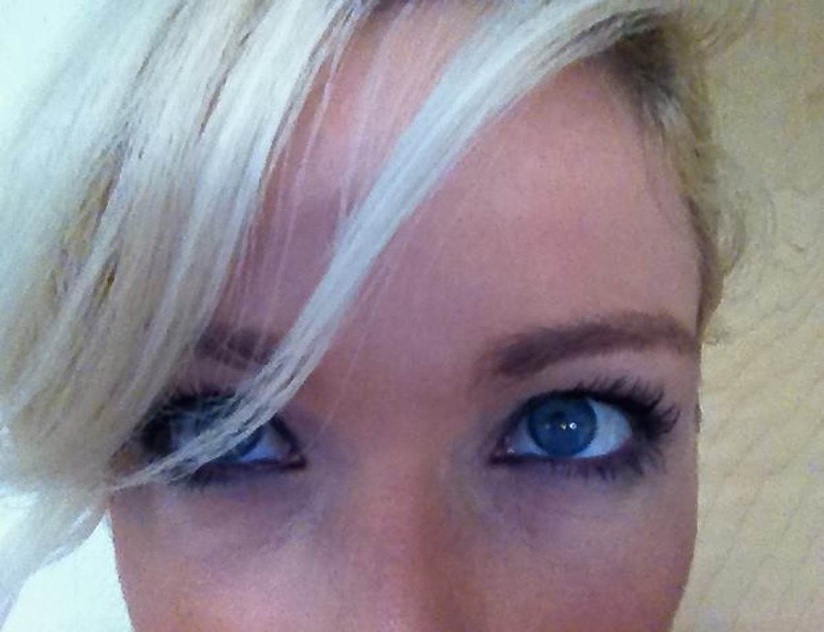 Curled lashes + Too Faced Lash Injection mascara