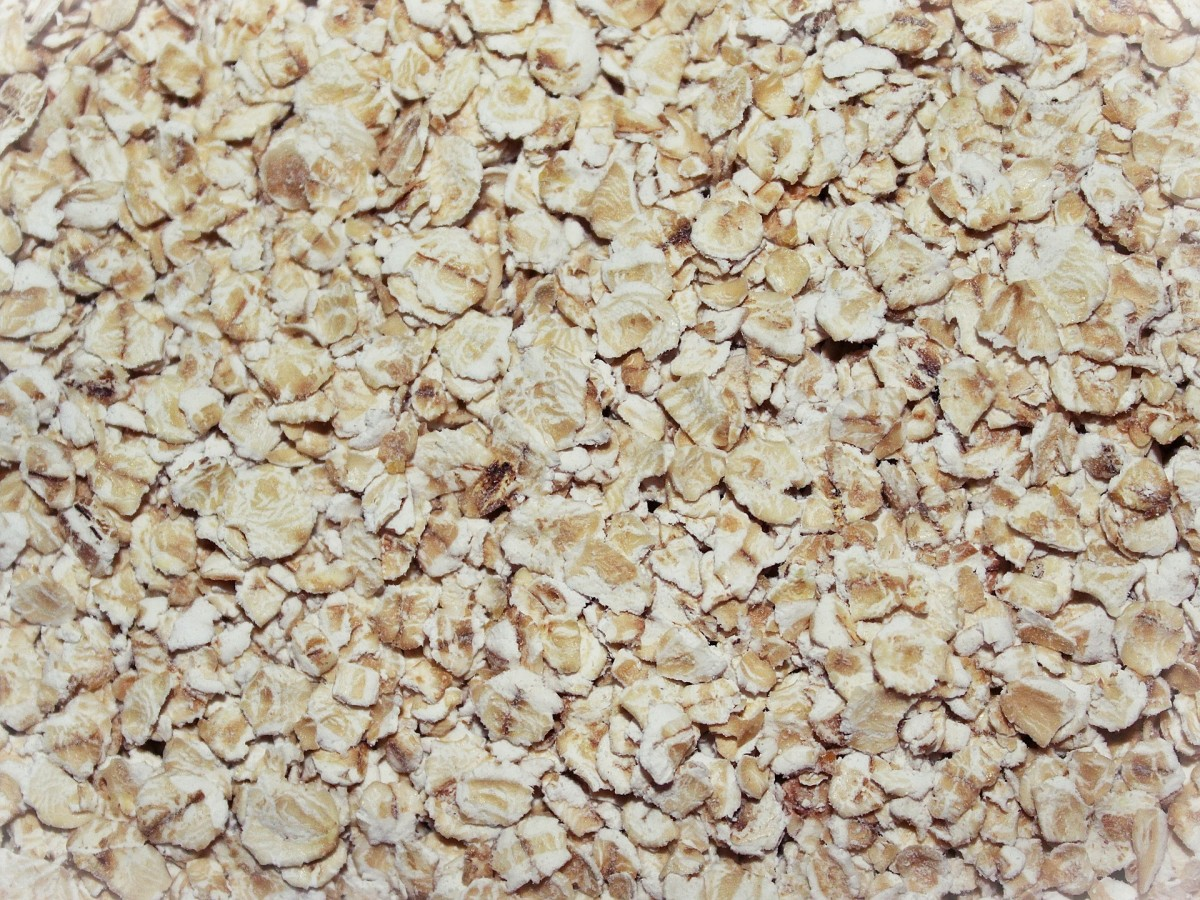 Though you might think of oatmeal purely as a food, it can also work well as an exfoliant.