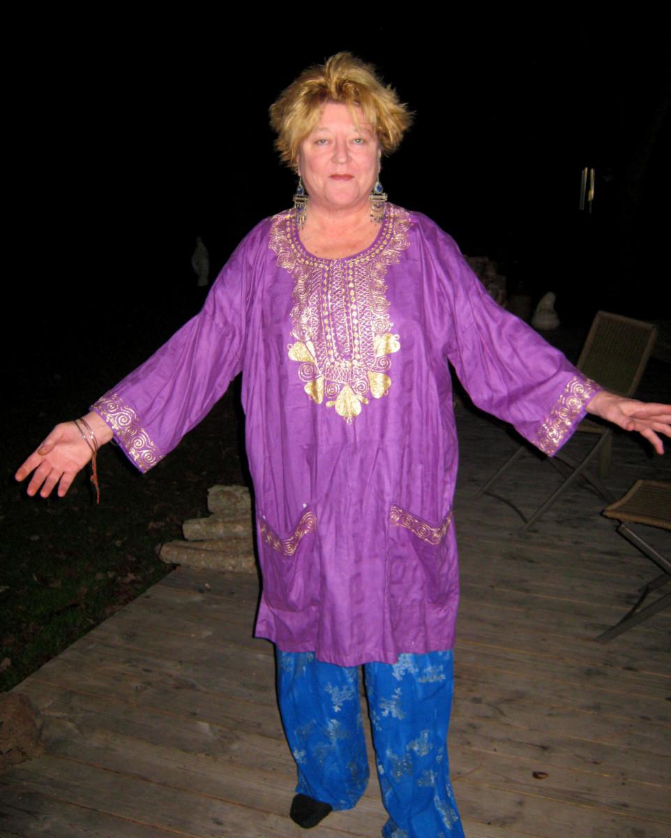 Dashiki style on an older woman