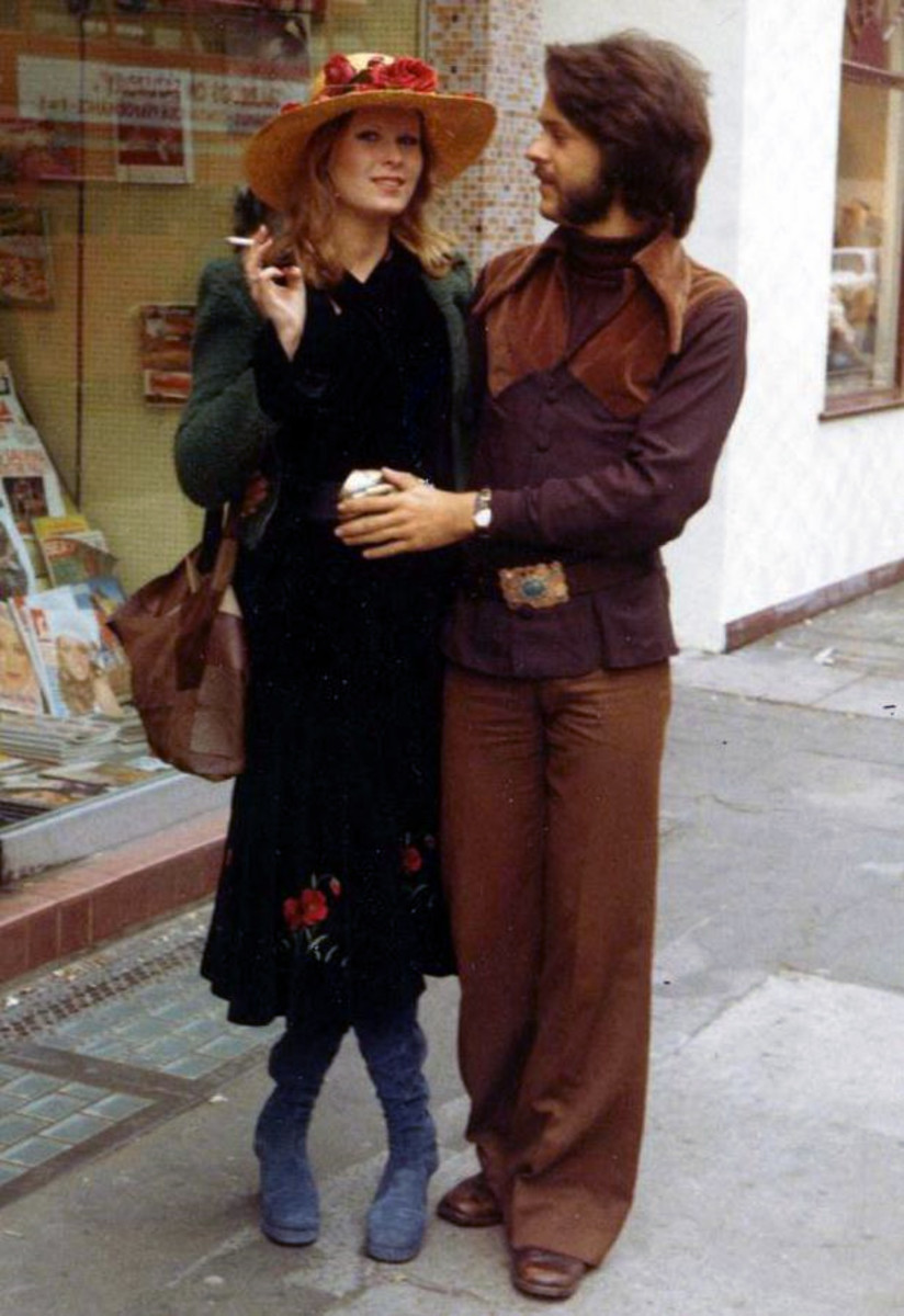 Hippie style was influenced by historic, romantic and American Western attire.