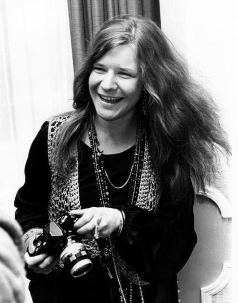 Janis Joplin shows a bohemian-influenced style.