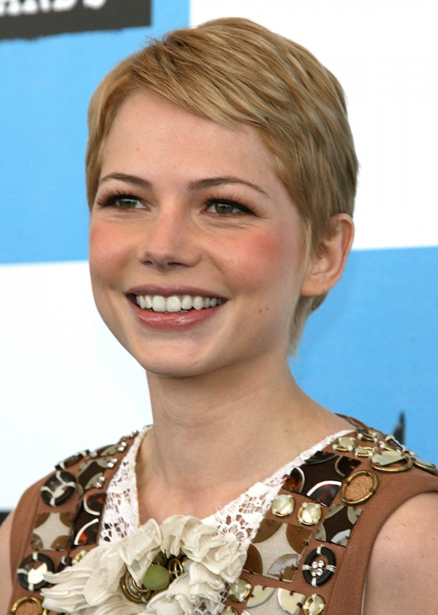 Women With Short Hair Are Beautiful 10 Attractive Actresses With Short Hair Bellatory Fashion And Beauty