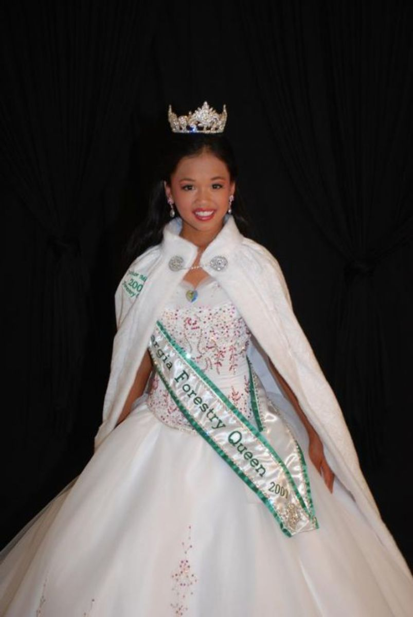 Pageant gowns and dresses should fit well.