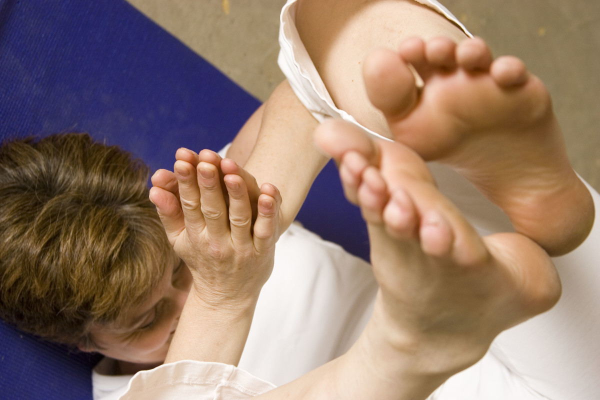 Turning the body upside down is relaxing and healing.  Balance, breathe and meditate.