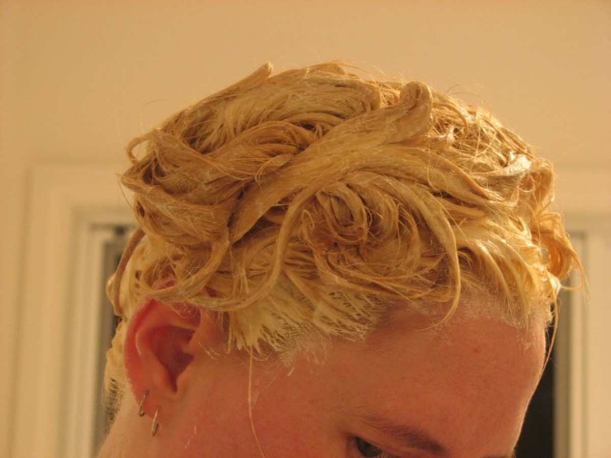 Finished applying the bleach to my hair.