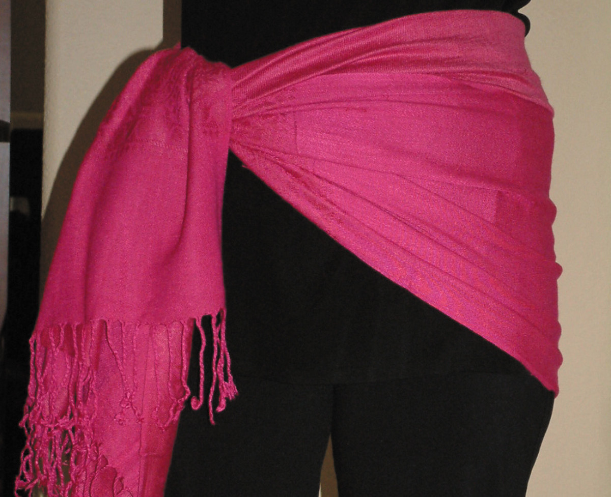 Tie the scarf to the side to create the sarong!