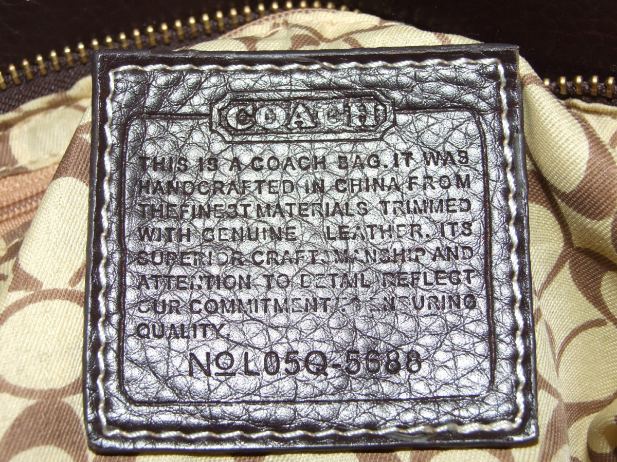 Real Coach Purse >> How to Buy an Authentic Coach Purse: Is it Real or Fake?