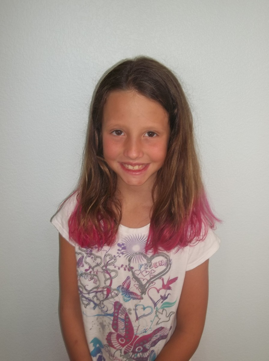 Want to do something fun with your hair? How about pink tips for the summer!