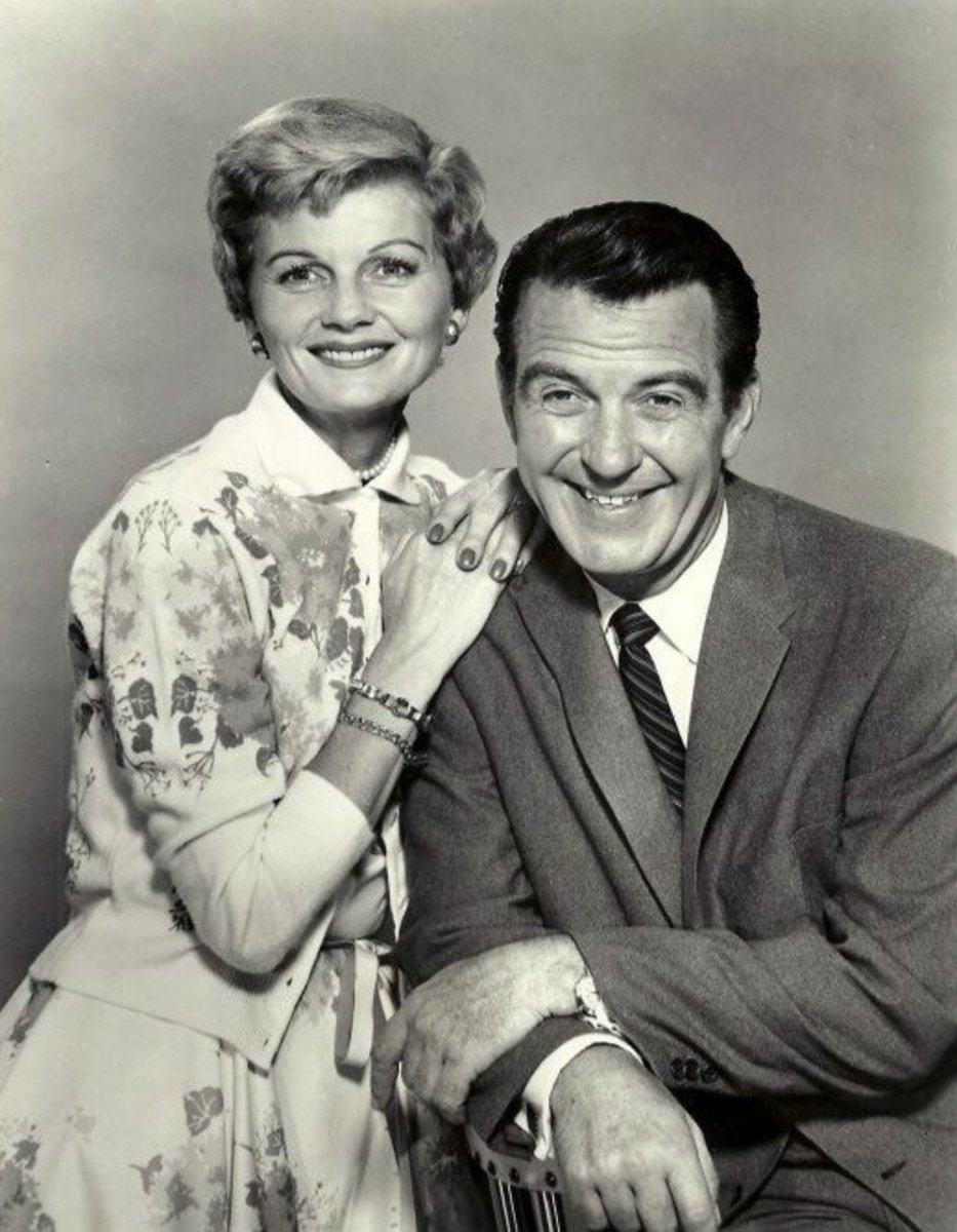 1958 ABC studio shot of Barbara Billingsley as June Cleaver