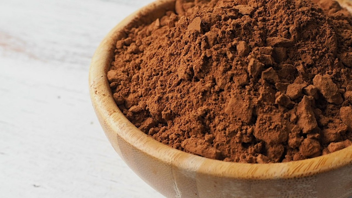 Cocoa isn't just the main ingredient in your favorite treat anymore—it's an at-home hair-dye method too!