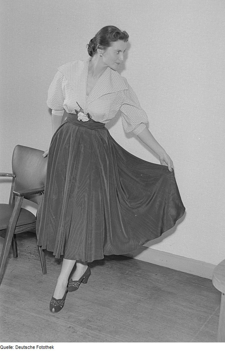 A wide skirt worn without a crinoline for a draped look.