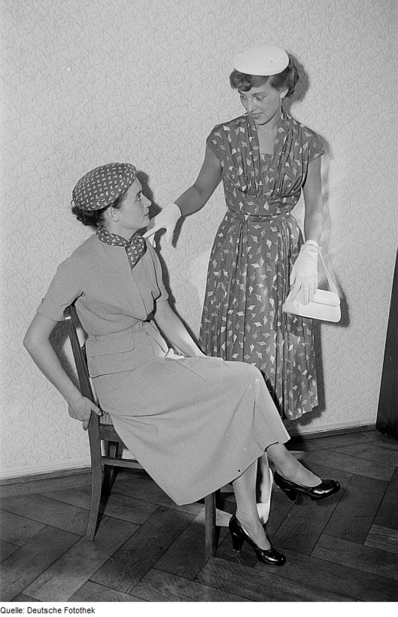 Fashion History Women S Clothing Of The 1950s Bellatory
