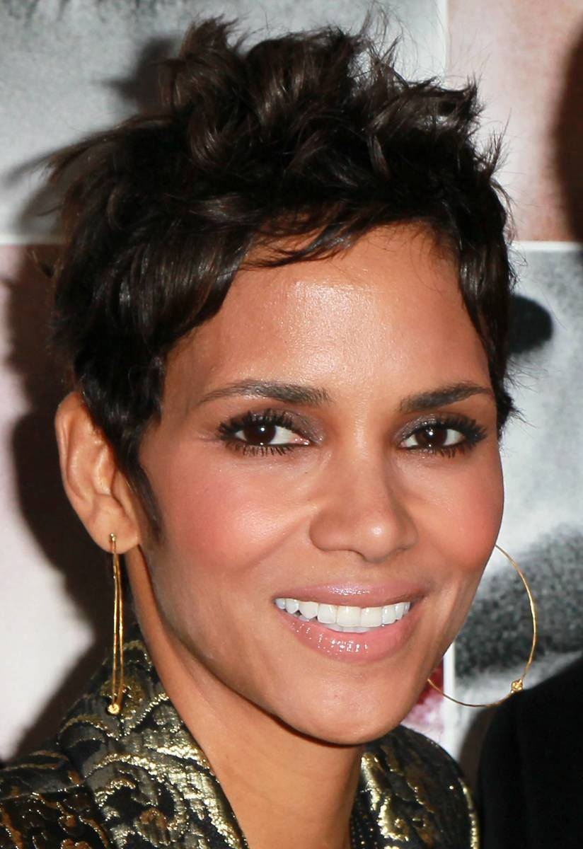 This pixie is perfect on her face and emphasizes her beautiful cheekbones.