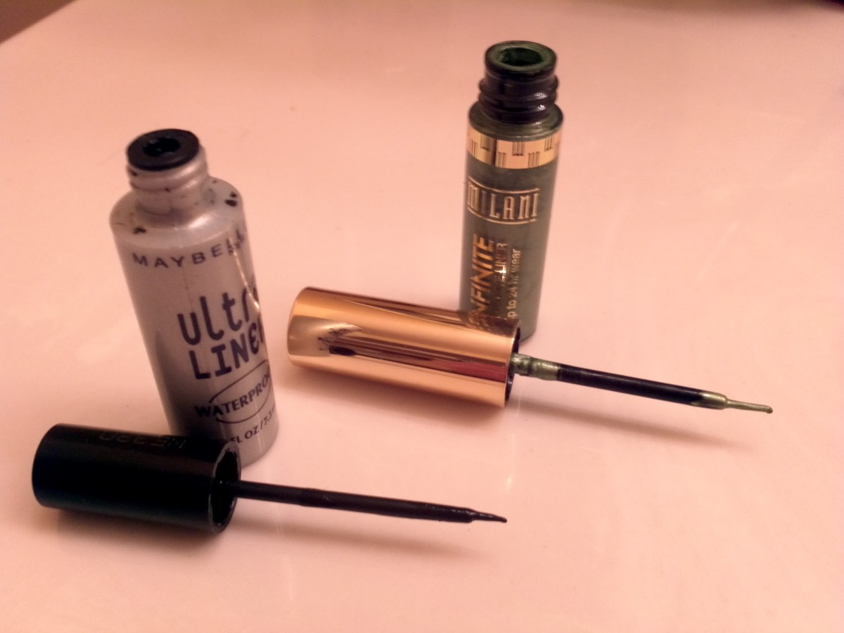 Black and Green Liquid eyeliners