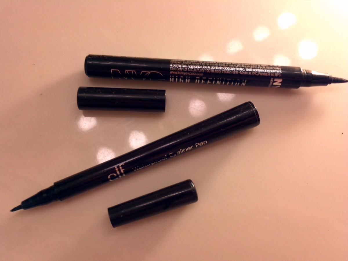 Liquid eyeliner (felt-tip marker, or art liner)