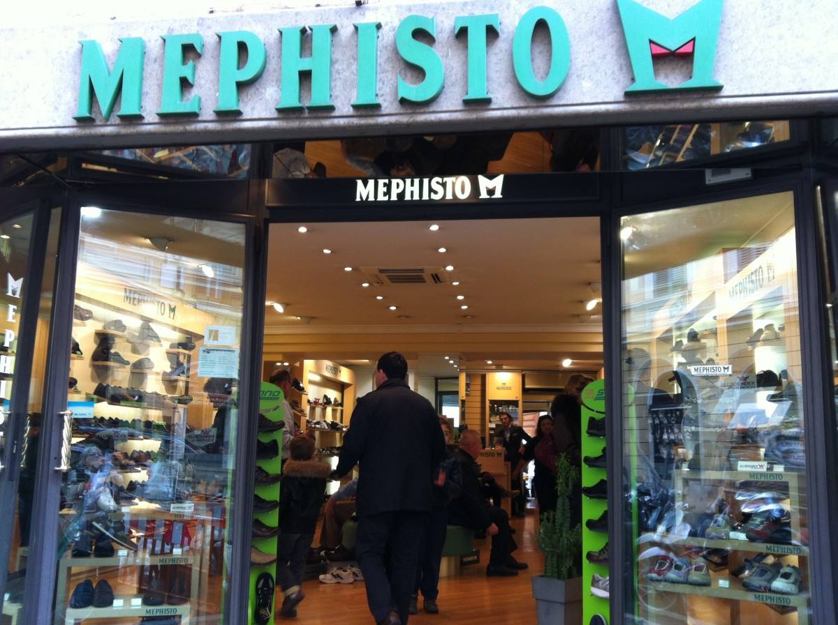 Mephisto store in Rome.