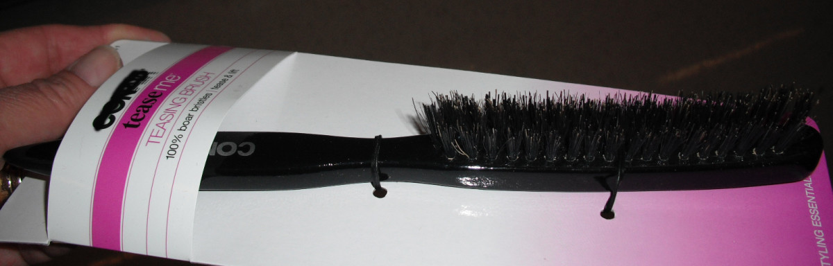 Narrow hairbrushes are used for backcombing.